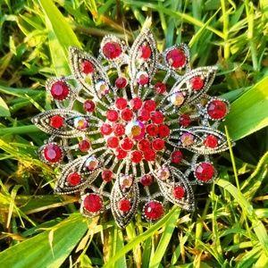 Vintage Breathtaking Red Rhinestone Flower Brooch